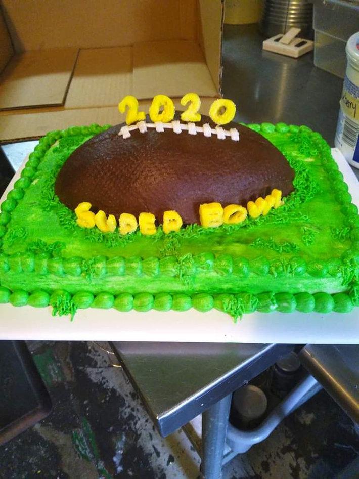 Superbowl cake 2020