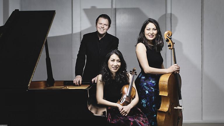 Trio con Brio Copenhagen - Soo-Jin Hong - Violine, Soo-Kyung Hong - Violoncello, Jens Elvekjaer - Klavier