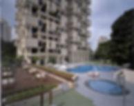 Colonnadepool1.jpg