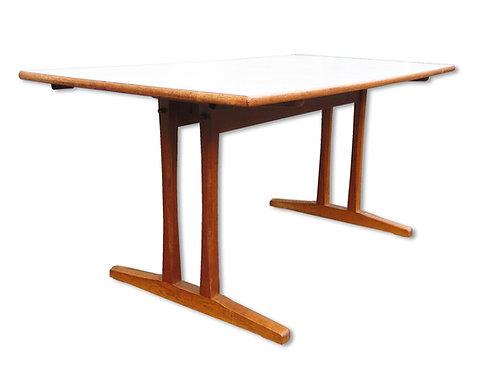Børge Mogensen: C 18 shakerbord med tillægsplader.