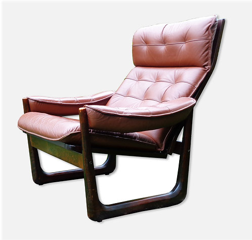 Vad Trævarefabrik: Lænestol med hynde af læder