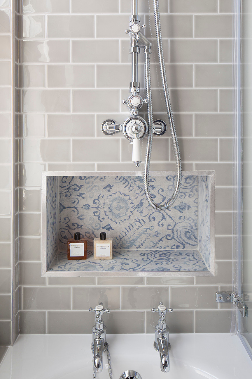 A design I worked on at Ardesia Design. We used a combination of traditional and modern bathroom fittings, as well as a combination of traditional glazed subway tiles and an unusual fabric / IKAT printed tile inside the shower niche.
