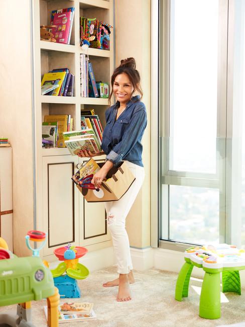 Jordana_Woodland_At_Home_Lifestyle_Mom_0