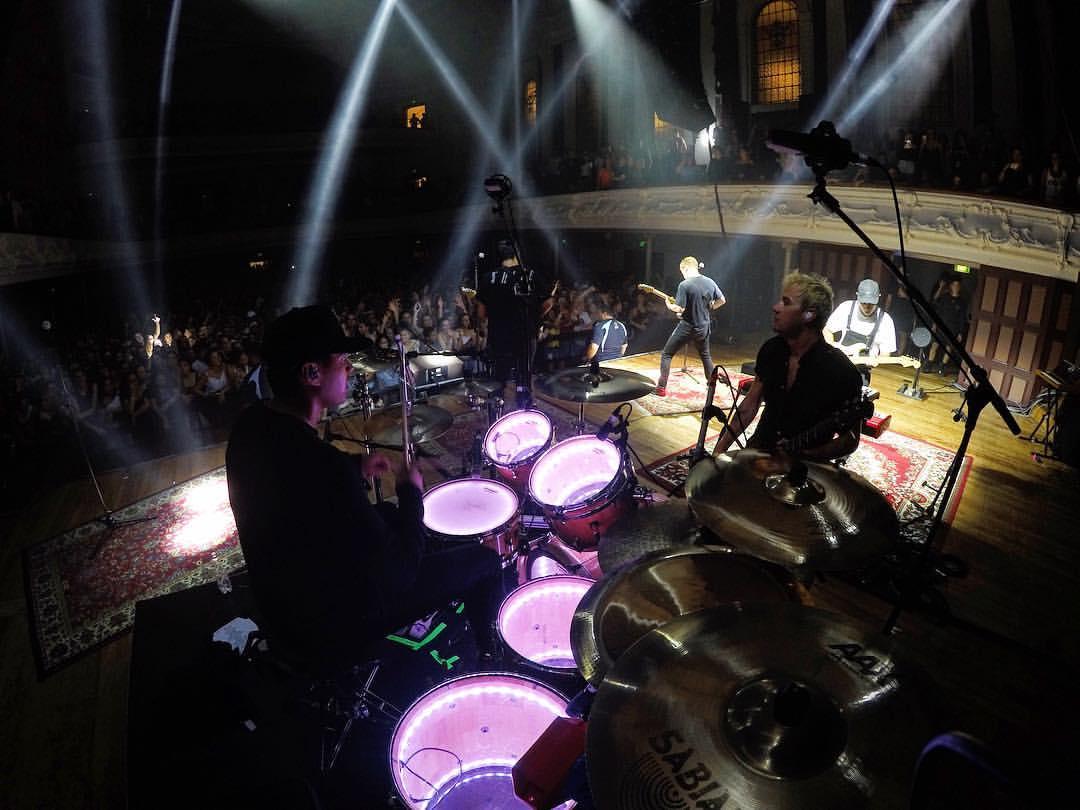 SIX60 Town Hall - Light up Drum Kit
