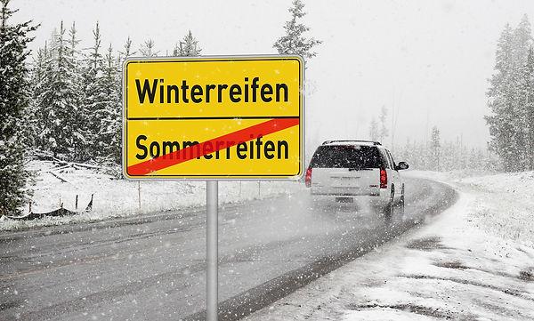 winter-tires-2823077_1920.jpg