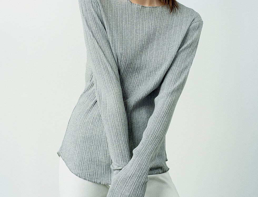 gray long sleeve