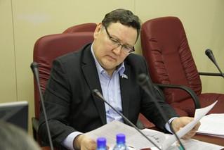 Виктор Фёдоров провёл заседание постоянного комитета Ил Тумэна