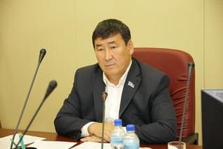 Александр Романов провёл заседание постоянного комитета по строительству и жилищно-коммунальному хоз