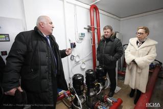 Премьер-министр Якутии Галина Данчикова проверила ход строительства нового комплекса Республиканског