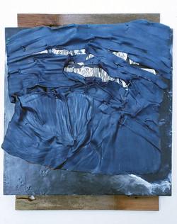 Detritus, Blue & White