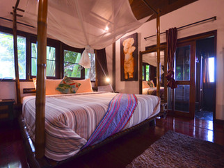 Isara Royal Villa - Master bedroom