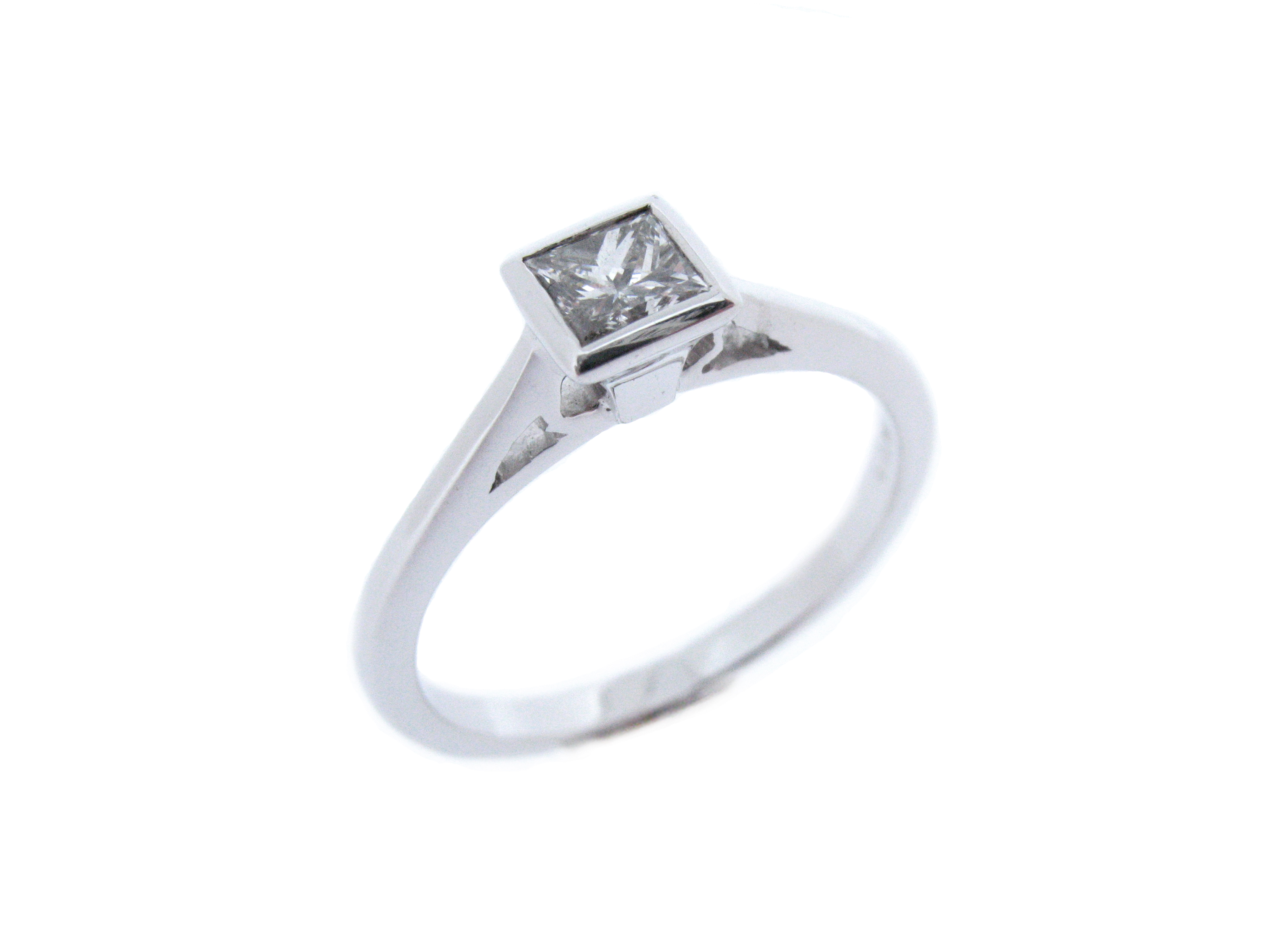 Princess Cut Rub-over Set Ring