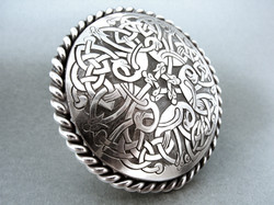 hand engraved silver celtic ring