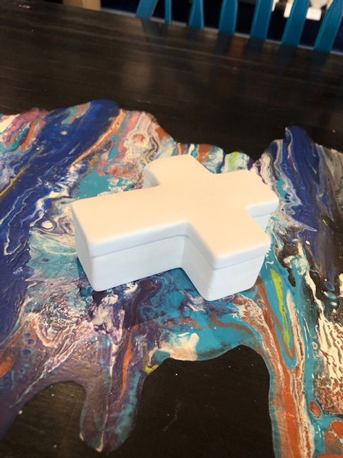 Small Cross Box