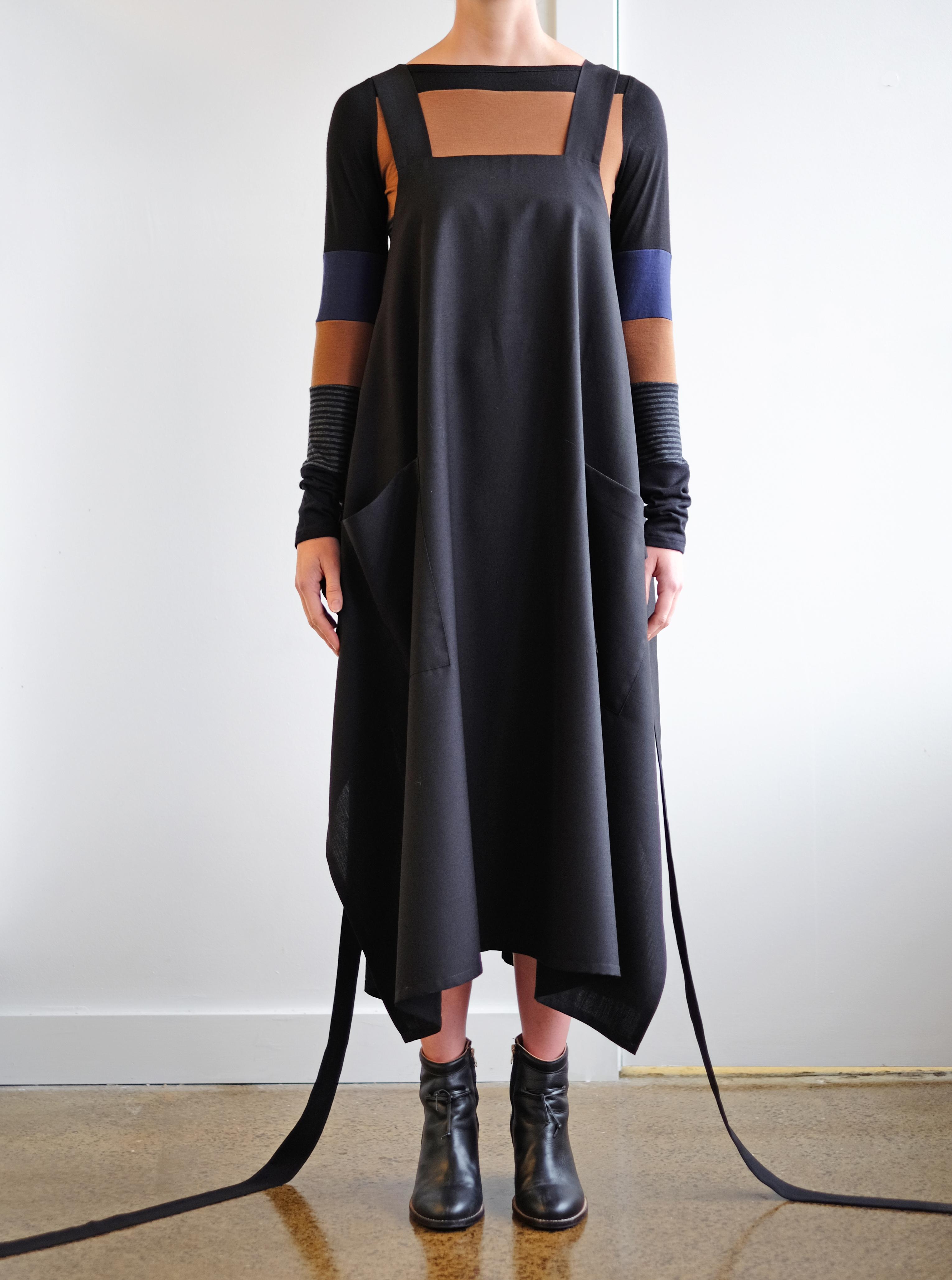 apron stripe front