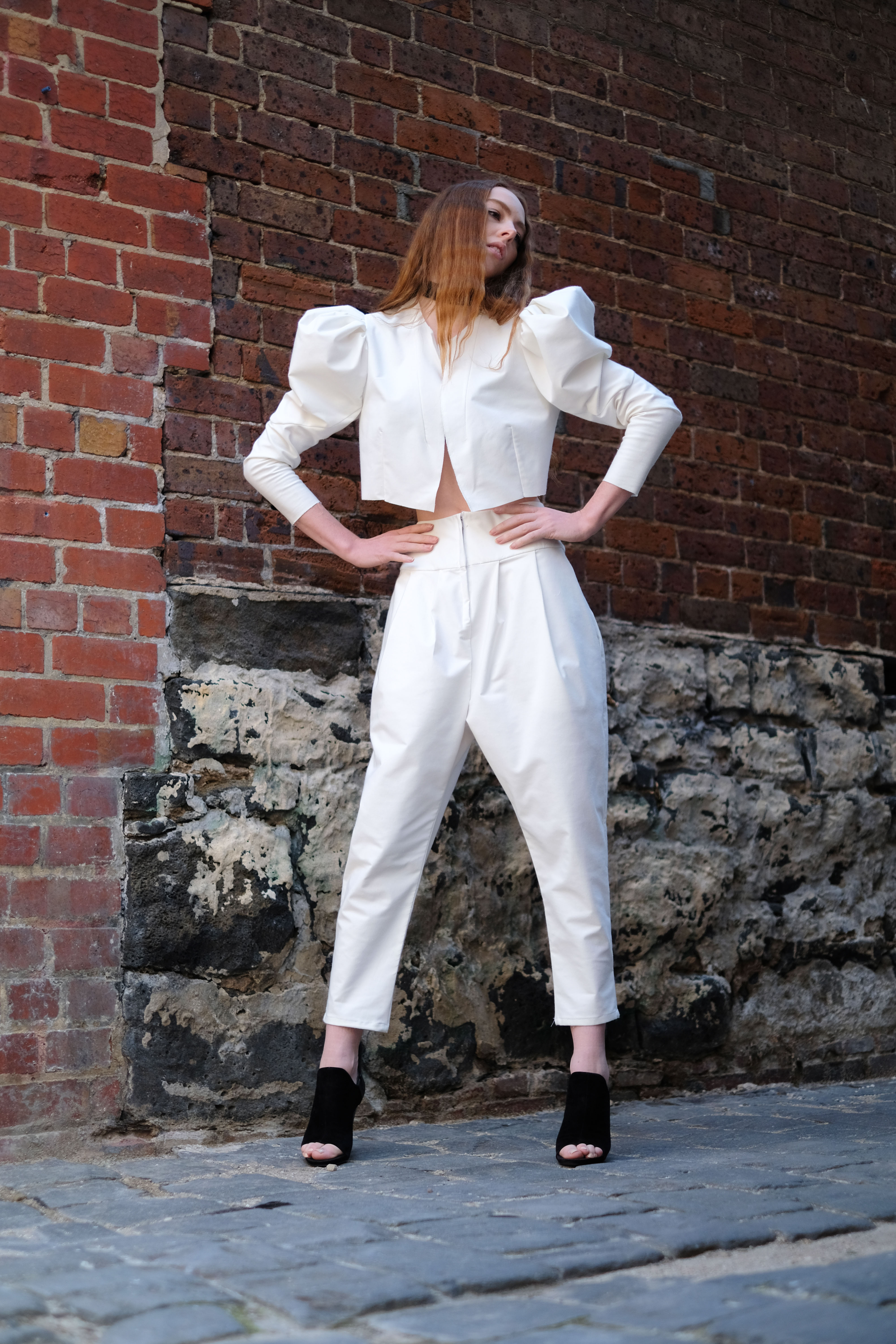 white suit low01