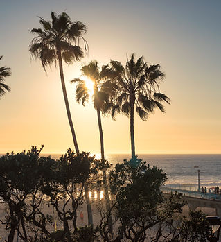 Manhattan Beach at sunset time in Southe