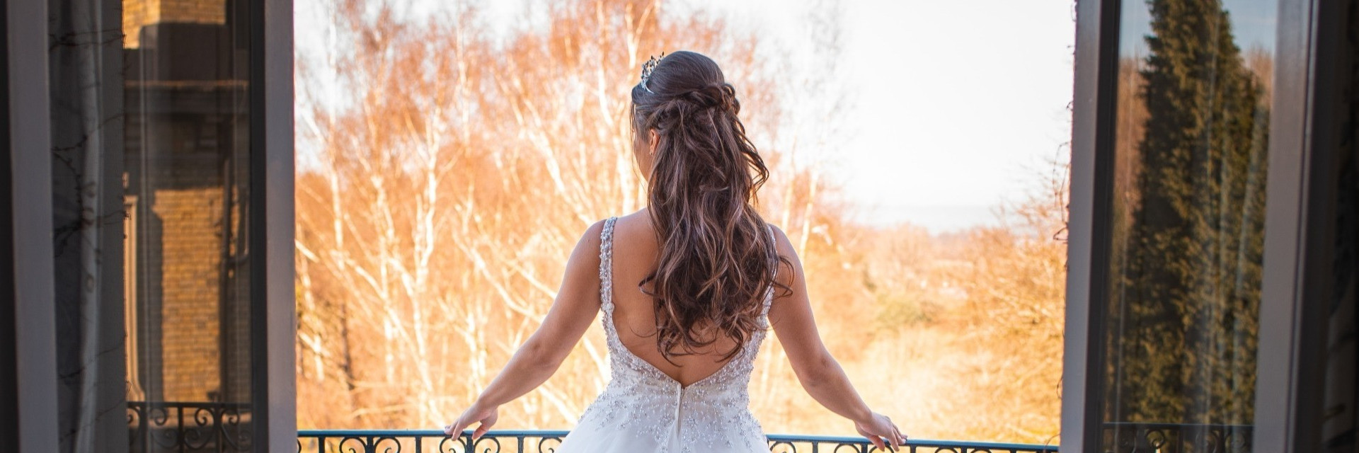 Bridal 1/2 up 1/2 down hairstyle| by Hayley Laws
