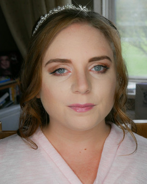 Warm natural bridal makeup for the natural classic bride. Makeup by Hayley Laws