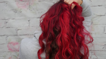 Wavy red hair by Hayley Laws using manic panic red hair colour.