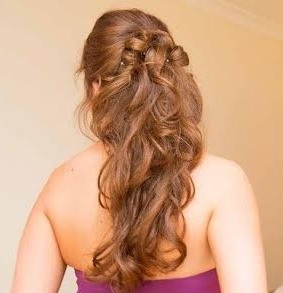 1/2 up 1/2 down loose wavy bridal hairstyle for the romantic or classic bride: Hair by Hayley Laws