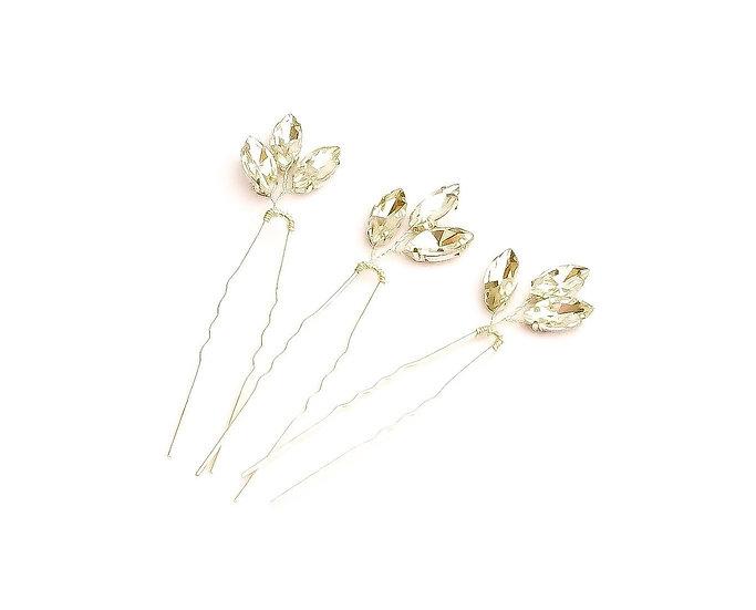 Three leaf Crystal pin