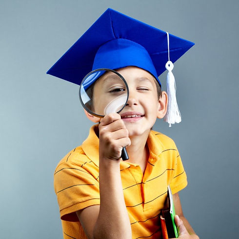 elementary-student-with-magnifying-glass