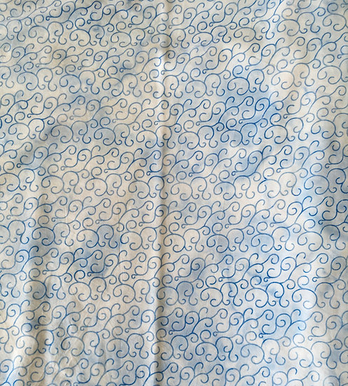 Robert Kaufman - Scrolls on blue