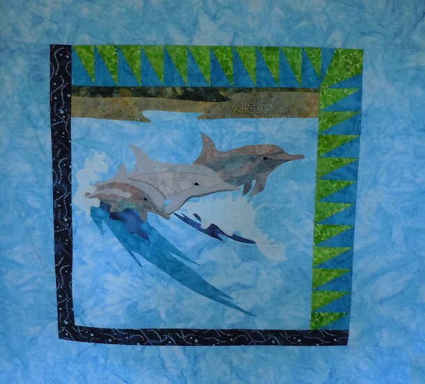 Spinner Dolphins 18x18 without borders