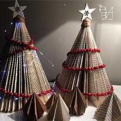 CHRISTMAS TREE - BOOKS ADDICTED