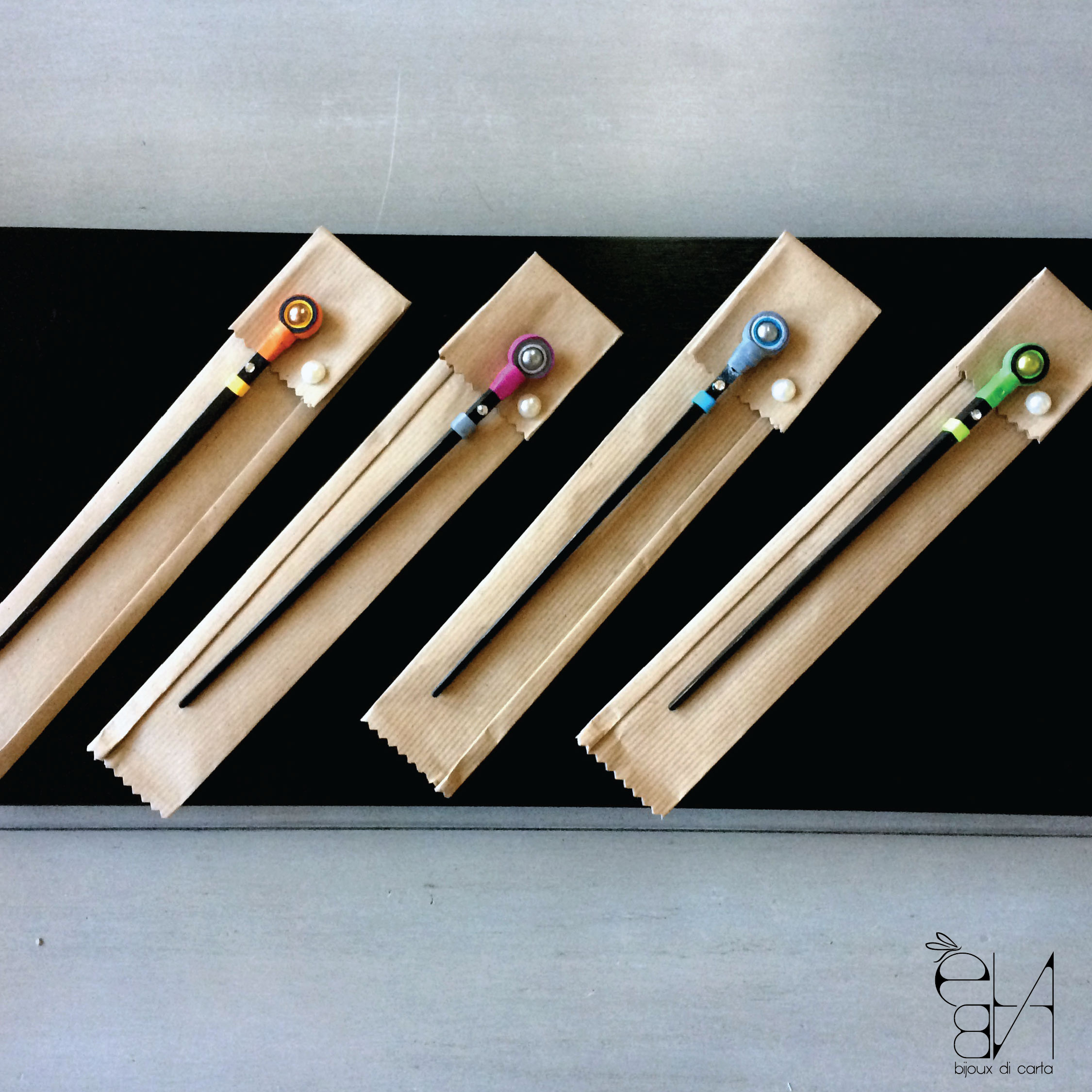 PAPER BEAD HAIRPINS