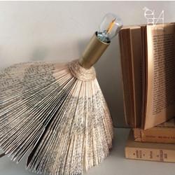 TABLE LAMP - BOOKS ADDICTED