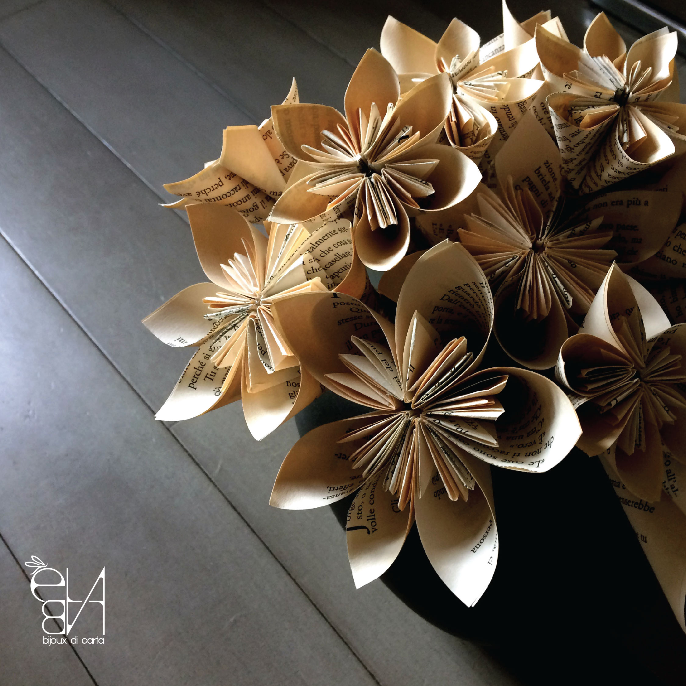 PAPER FLOWERS - BOOKS ADDICTED COLLECTION