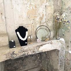 Stand Marie Courtillat Bijoux en porcela