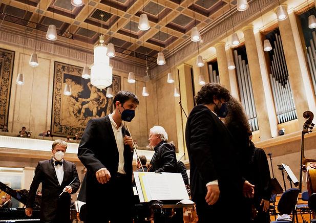 IMW_ARD_2021_final_piano_duo_Geister_Duo®DANIEL_DELANG_E4A2392.jpg