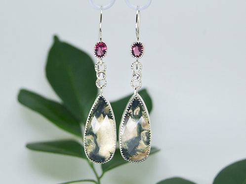 Green moss agate and garnets earrings in sterling silver