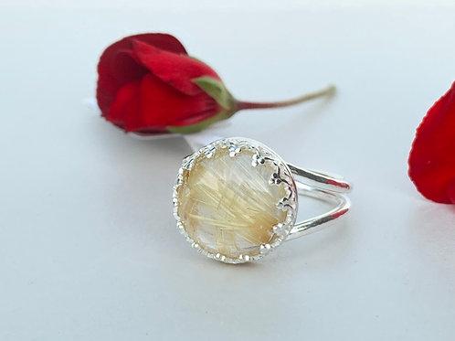 Golden rutilated quartz ring in sterling silver