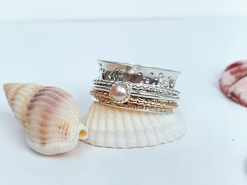Sea Turtles spinner ring with fresh water pearl in SterlingSilver and gold