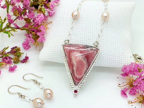 Rhodochrosite -Garnet and Pearls necklace set