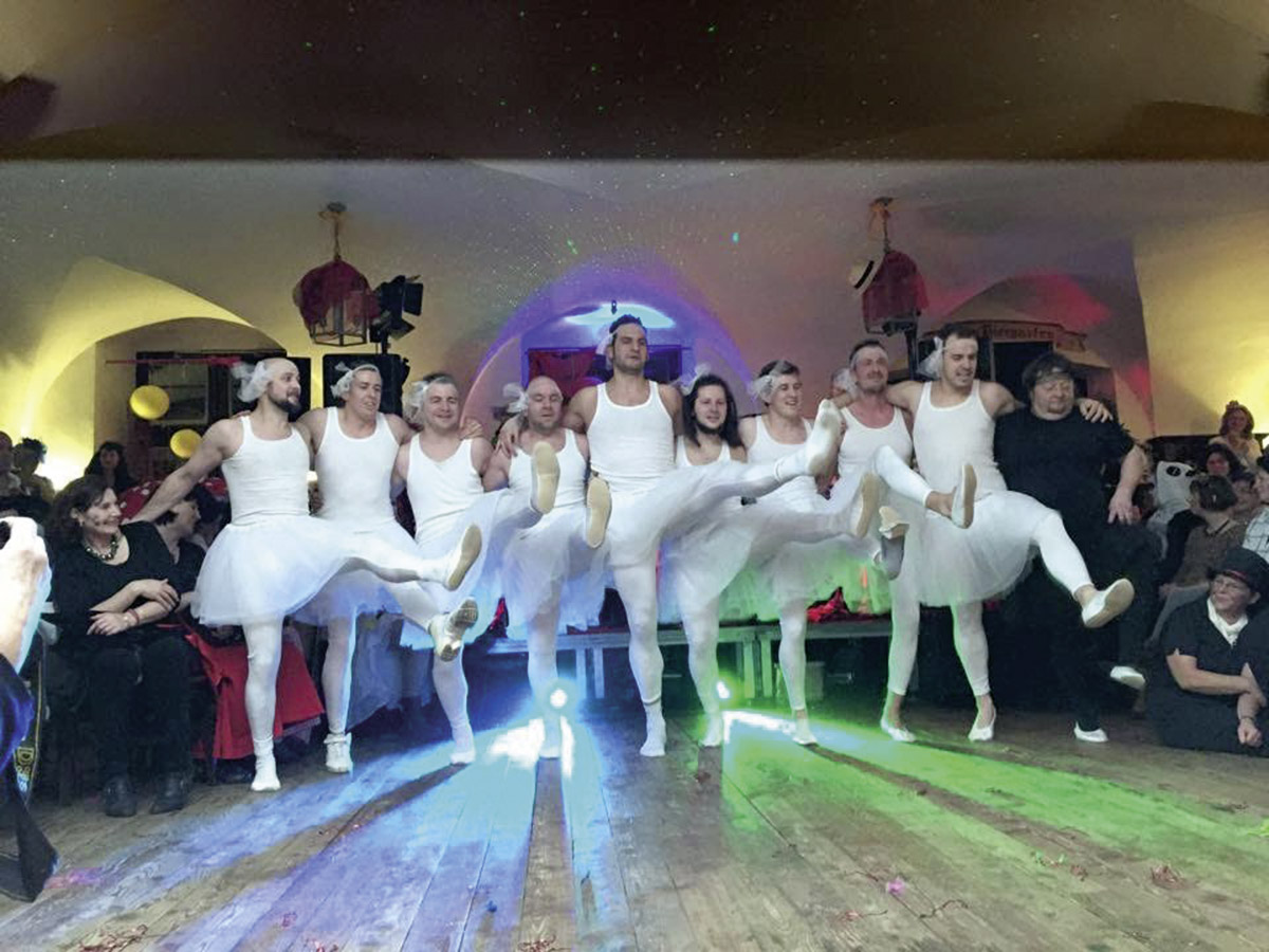Fun_Unlimited_Maennerballet_2019_10