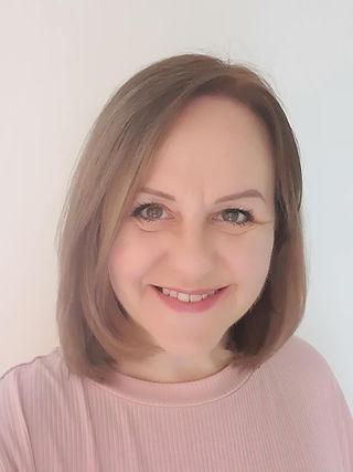 Suzanne J Lawson.jpg