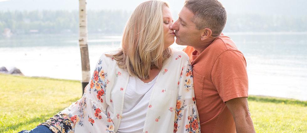 John & Kristen 2020-268-1055.jpg