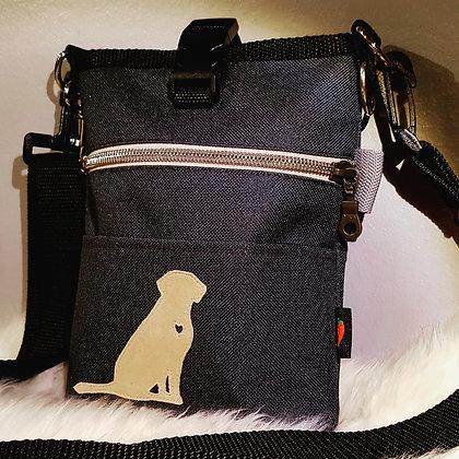 Paprika Slingbag S, mit Hundesilhouette