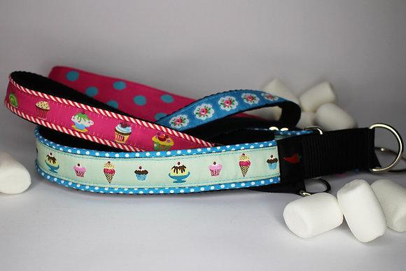 Paprika-Halsband Eissalon, pink oder hellblau