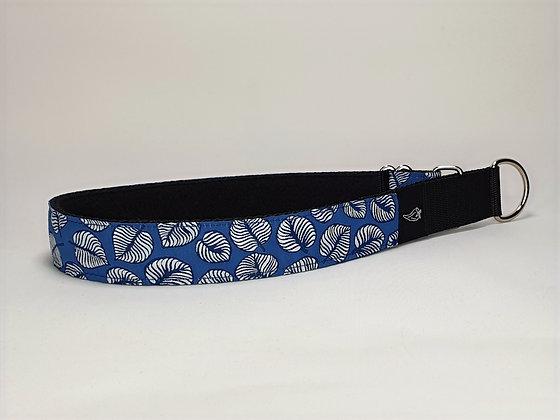 Paprika Halsband blaues Laub