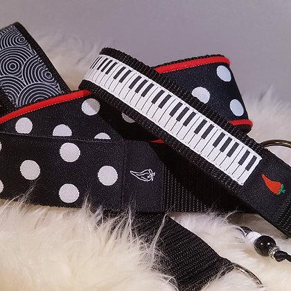 Paprika-Halsband Piano