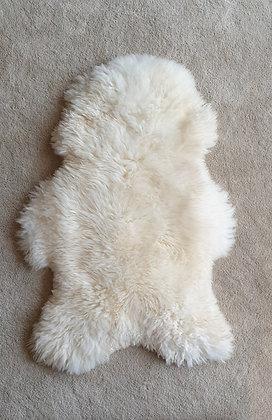 Schaffell Eisbär