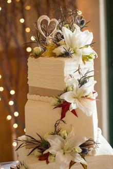 Shugrue's Cornerside Bakery Wedding Cake