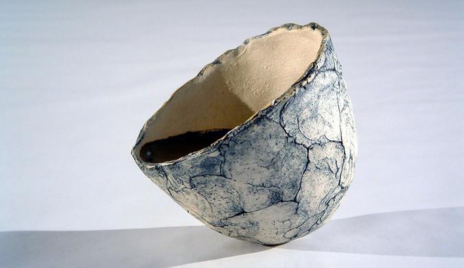 Tilting Bowls