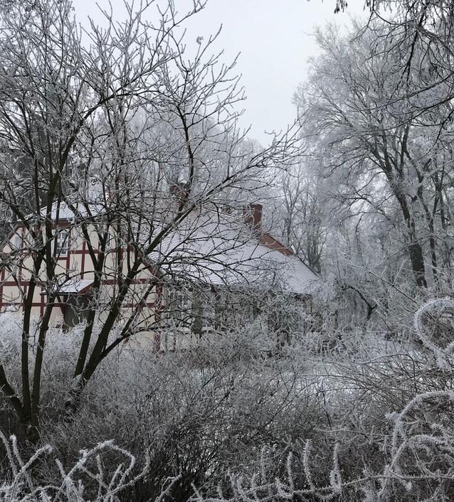 Altes_Pfarrhaus_Winter_in_Altfriedland_©